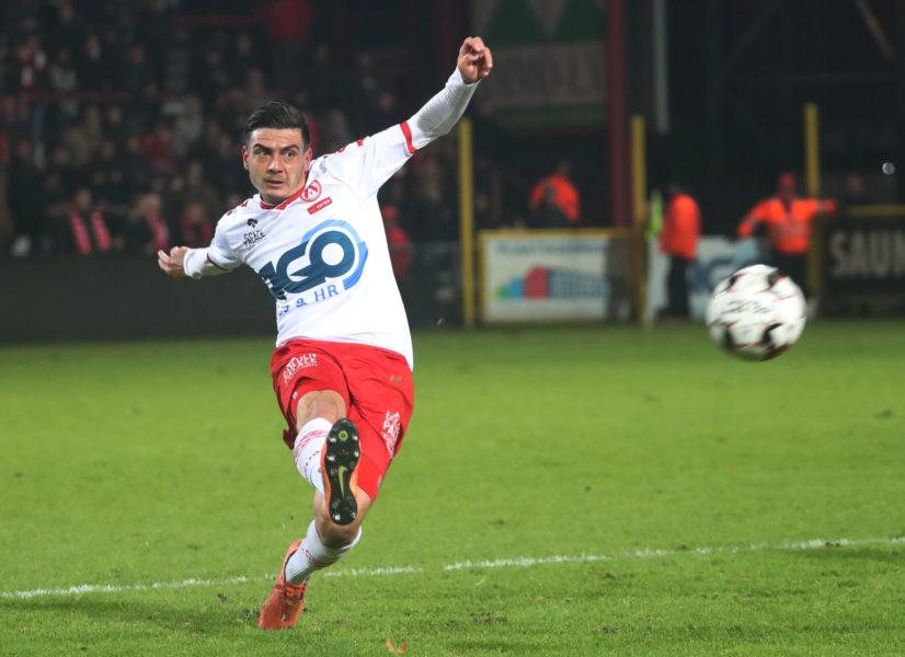 KV Kortrijk – AA Gent : Larry Azouni Foto VDB / BART VANDENBROUCKE