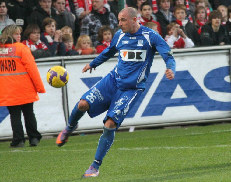 KV Kortrijk – Aa Gent : Lepoint Foto VDB / BART VANDENBROUCKE