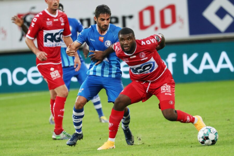 AA Gent – KV Kortrijk : Terem Moffi Foto VDB / BART VANDENBROUCKE