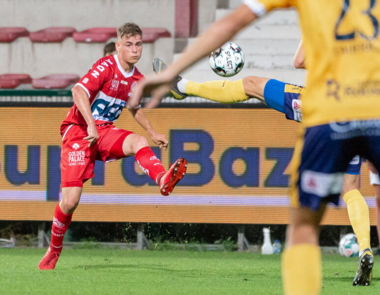 KV Kortrijk Waasland Beveren 024