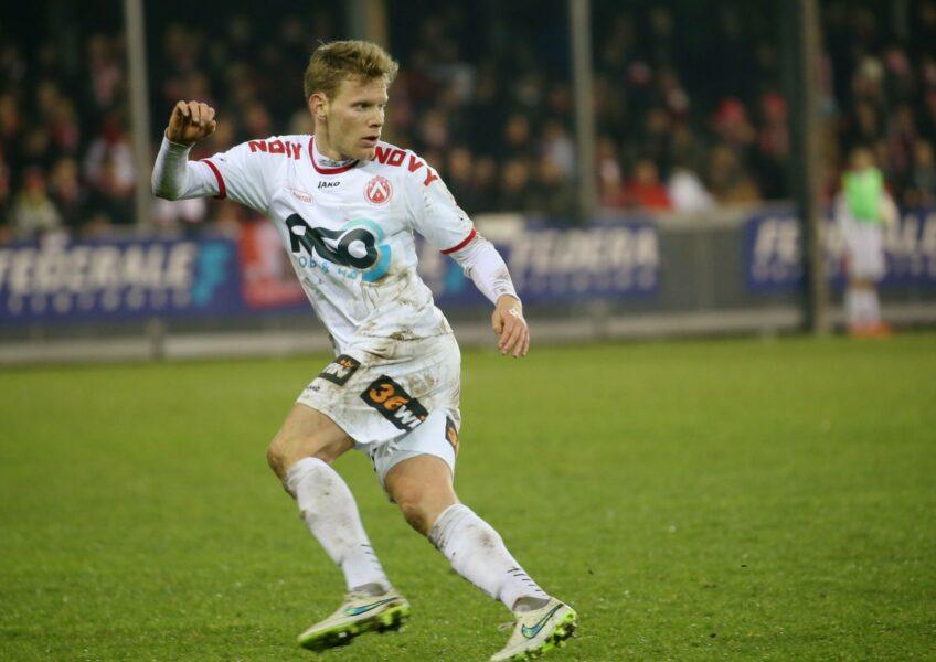 KV Kortrijk : Anthony Van Loo Foto VDB / BART VANDENBROUCKE