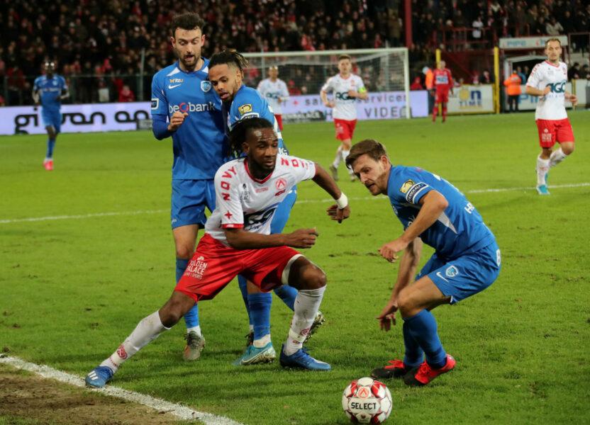 KV Kortrijk – RC Genk : Mboyo Foto VDB / BART VANDENBROUCKE